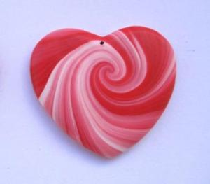 swirly heart pendant